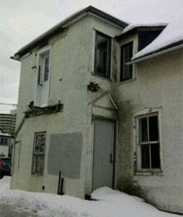 si-ott-derelict-buildings22