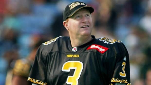 Paul Osbaldiston, seen here in 2002, served as the Ticats' kicker and punter for 18 seasons.