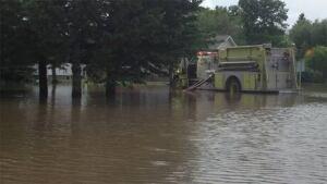 mb-hi-flooding-reston062213-6col