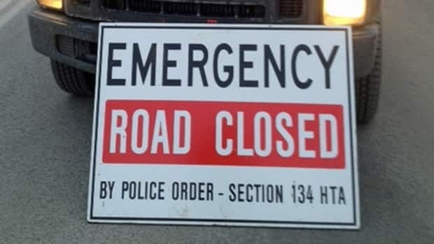road closed, police
