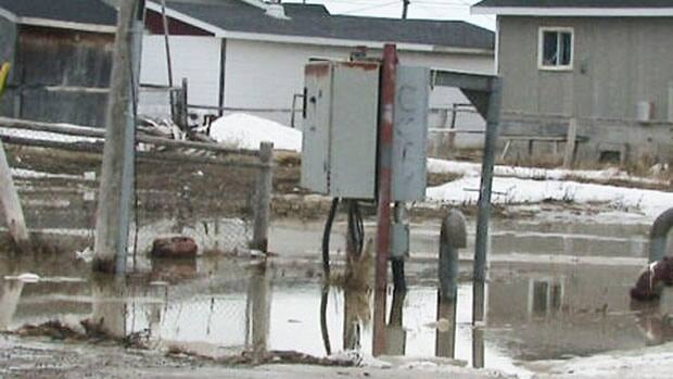 Melting snow overwhelmed a sewer lift station in Attawapiskat, which caused sewage to backup into homes and buildings.