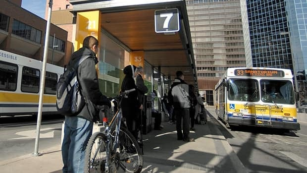 Metrolinx is sponsoring a series of workshops to give senior commuters the bus basics.