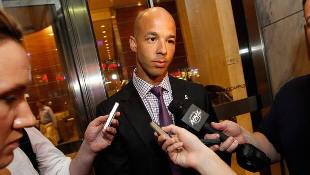 Vancouver Canucks forward Manny Malhotra thinks it's time Canada loses its 'gold-or-bust' mentality at the world juniors.