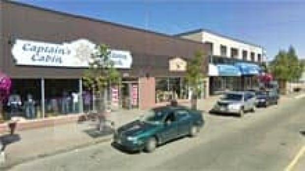 si-nb-bathurst-downtown-220