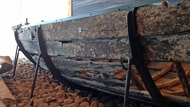 This boat was used by the Basque more than 400 years ago to hunt down whales. It was discovered in the harbour off Red Bay, and is the oldest known surviving example of a chalupa — a traditional Basque whaling boat.
