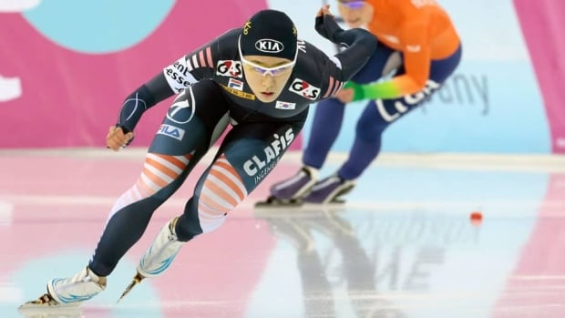Sang-Hwa Lee of South Korea, won the 500-metre race at the ISU World Single Distance Speed Skating Championships 2013 in Sochi, Russia, Sunday.