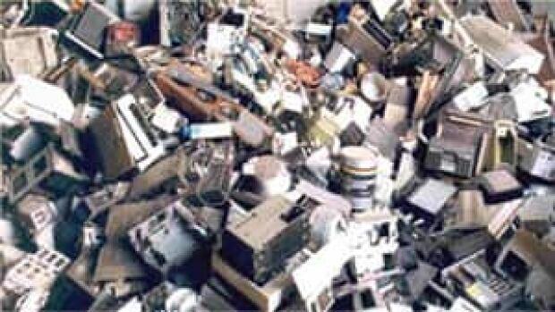 hi-bc-130325-e-waste-4col