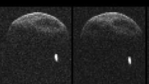 sm-300-asteroid-with-moon-752421main_asteroid20130530