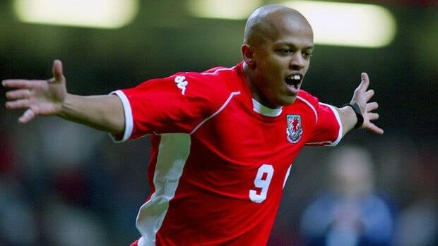 Robert Earnshaw has earned 59 caps and scored 16 goals for the Wales.