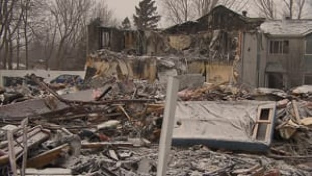 hi-seniors-home-burned-300