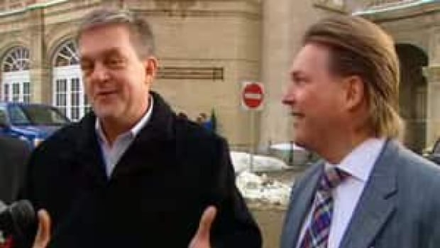 New Brunswick Premier David Alward, left, met with Alberta Deputy Premier Thomas Lukaszuk, right, to discuss a possible oil pipeline linking the two provinces.