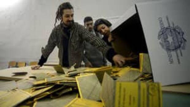 mi-italy-ballot-cp-16264511