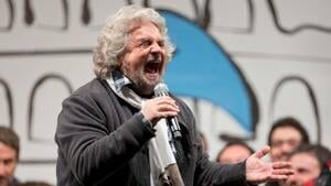 si-beppe-grillo-italy-300-ap-04033013