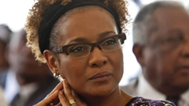 Michaëlle Jean, a former governor general, says Attawapiskat Chief Theresa Spence is better off alive when asked about the chief's hunger strike.