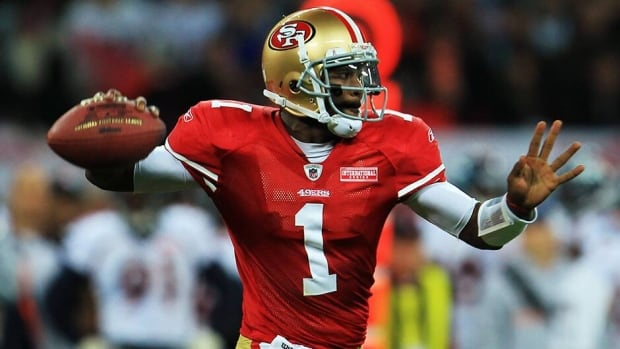Troy Smith, seen here with the San Francisco 49ers in 2010, has signed on with the Montreal Alouettes on a two-year deal.