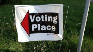 hi-bc-130509-voting-sign-4col