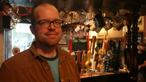 Warren Pyper is a fan of IPAs for their hoppy, complex taste. That's what we drank over this interview.