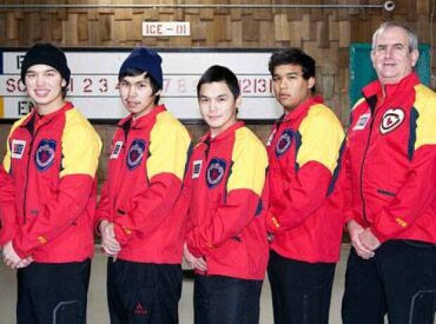 li-nunavut-mens-curling