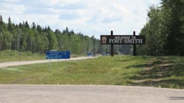 mi-fort-smith-sign