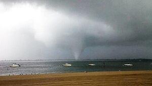 si-nyc-tornado-03228203