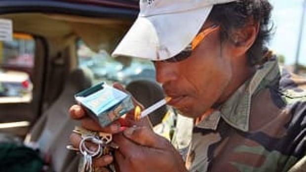 mi-cigarette-menthol-300-cp