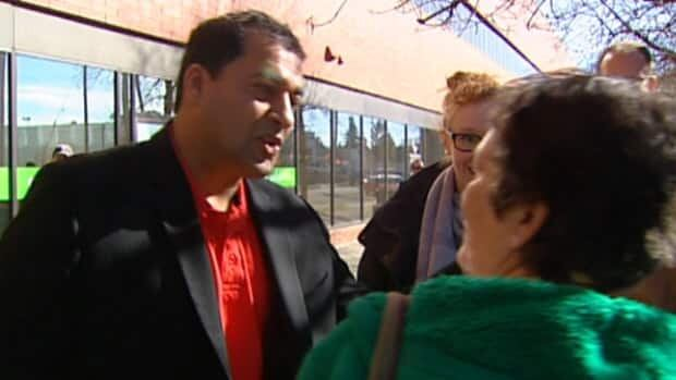 Liberal Leader Raj Sherman campaigned in Edmonton on Thursday.