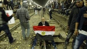 ii-egypt-rail-delay-protest