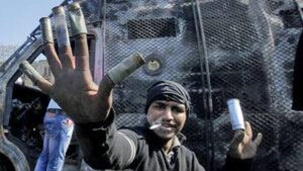 hi-egypt-munitions-852-3911-4col