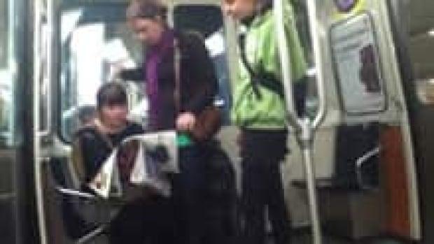 si-metro-smoke-bomb-suspects