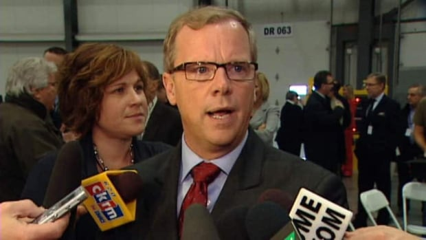Saskatchewan Premier Brad Wall says he hopes federal NDP leader Tom Mulcair changes his tune about energy and the economy.