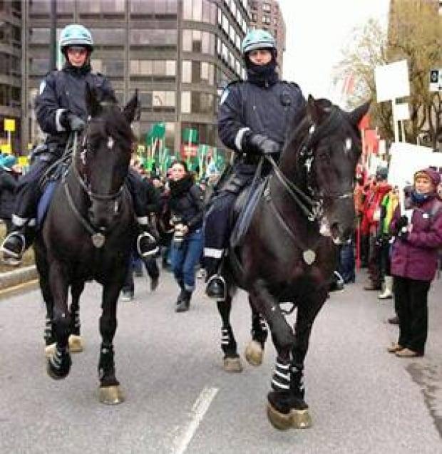 ii-montreal-horses-rally-30