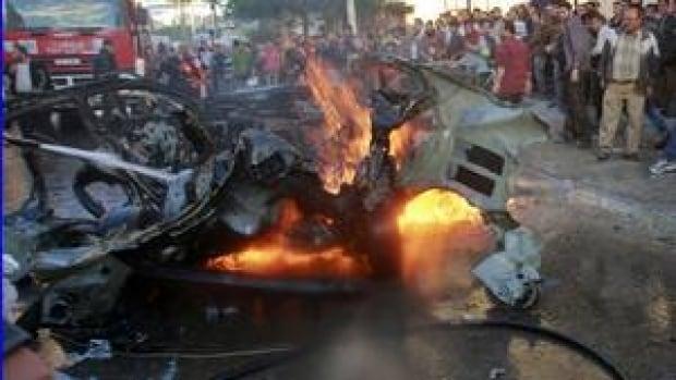 hi-gaza-airstrike-4col