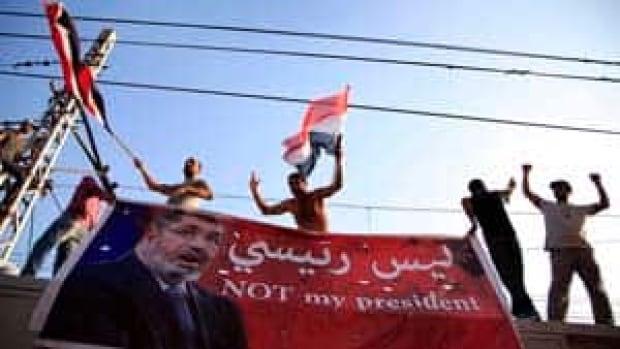 si-cairo-protesters-04664390