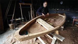 mi-bc-121101-point-canoe