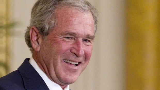 Former U.S. President George W. Bush has successfully undergone a heart procedure after doctors discovered a blockage in an artery.
