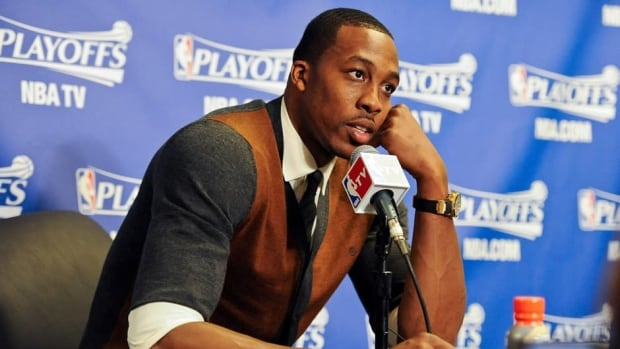 Dwight Howard has vowed to make his decision in his own best interests, giving no indication he favoured the Lakers over any other team.