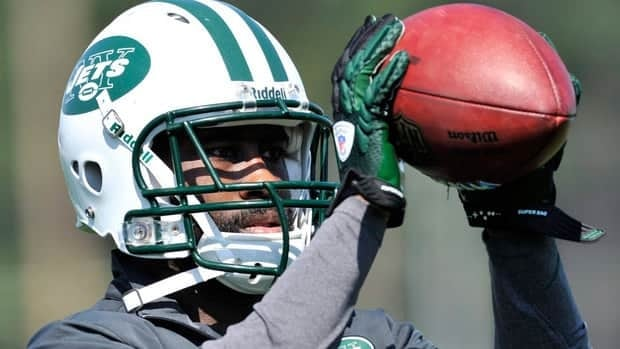Cornerback Darelle Revis missed last week's loss at Pittsburgh due to a concussion.