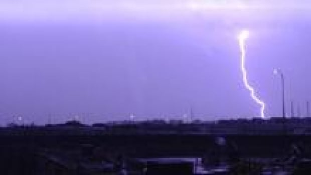 si-cgy-lightningstevetsuida