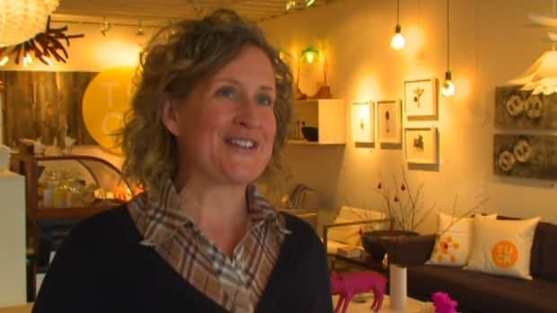 Judith Mackin added a designer lamp from her shop to the giveaway.