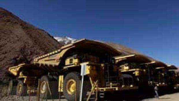 si-barrick-trucks-04484033