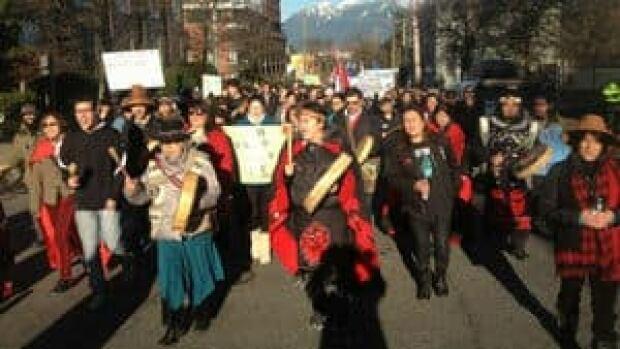 hi-bc-130111-idle-protest-vancouver-4col