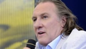 li-flightlist-depardieu-220