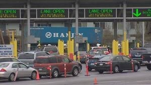 hi-bc-121226-pacific-border-crossing-4col