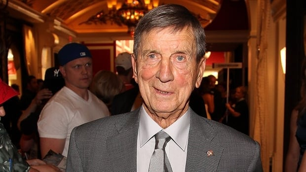 The legendary Ted Lindsay joined HNIC Radio and said he thinks the NHL may lose the older generation of hockey fans because of the latest lockout.