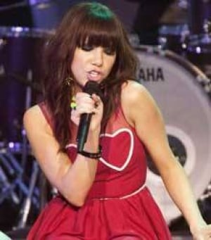 carly-rae-jepsen-220