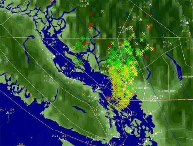 mi-bc-130830-lightning-strikes