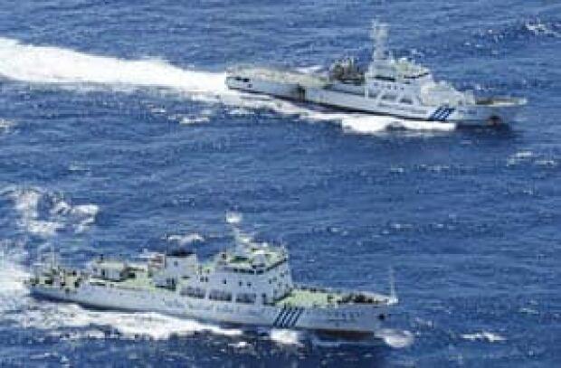 si-south-china-sea-ships-300-ap-03264910