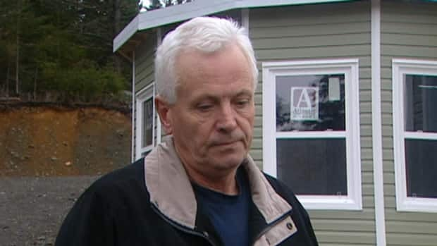 Ken Vickers says his cousin Jamie had been planning to complete the house behind him for himself and his parents.