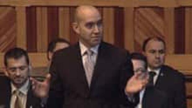 si-nb-leonard-legislature-220