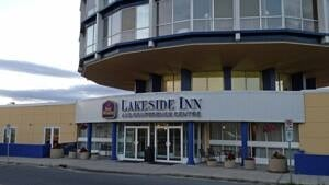 mi-lakeside-inn-kenora-300